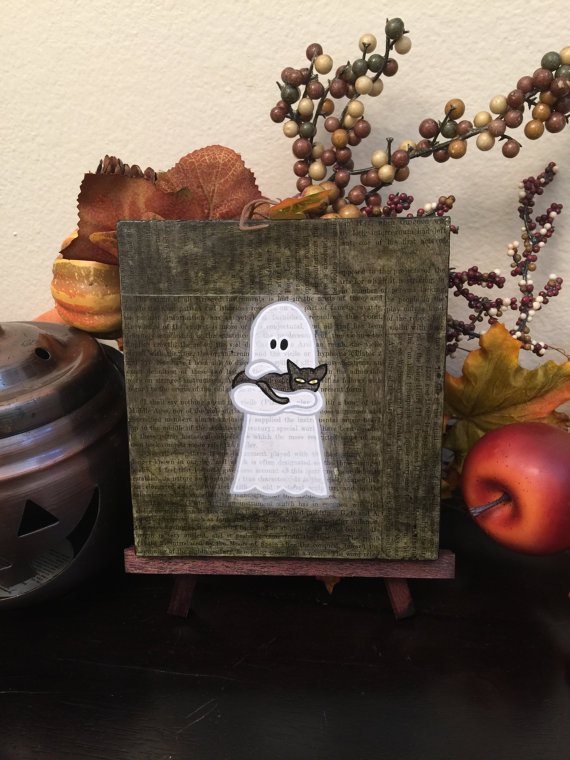 Ghost Holding Cat, by Geoffrey and Laura Long - www.mysterybarn.com